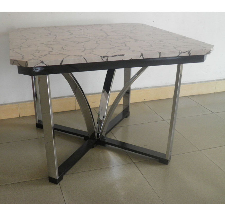 13211-DT Dining table